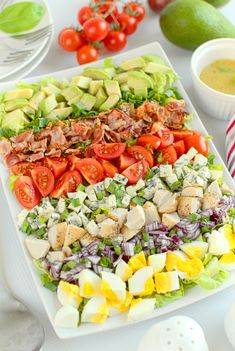 Sałatka Cobb Anti Pasta Salads, Pasta Salad Recipes, Healthy Salad Recipes, Ensalada Cobb, Chicken Fajita Casserole, High Carb Diet, Easy Dinner Recipes, Cobb Salad, Guacamole