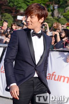 Choi Jin Hyuk at the Baeksang Arts Awards Choi Jin Hyuk, Kim Jin, Korean Celebrities, Korean Actors, Jang Nara, Korean Drama Movies, Korean Dramas, Fated To Love You, Emergency Couple