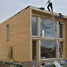 """Modern wooden house kit: """"KUBU"""" by THULE Blockhaus GmbH -.- Modern wooden house Kit: """"KUBU"""" by THULE Blockhaus GmbH – Your prefabricated kit for a wooden house Prefabricated Houses, Prefab Homes, House In The Woods, My House, Modern Wooden House, Casa Loft, Casas Containers, Small Loft, House Built"""