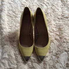 Zara leather captoe pumps with metal accents Zara pumps in fantastic condition, only worn lightly once. Features a sturdy rubber sole and metal captoe and heel. 100% leather. Please study photos, the item comes as is. No returns. Zara Shoes Heels