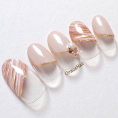 27 New Ideas Wedding Nails French Acrylic Beautiful Glitter Nail Art, Nail Art Diy, Lily Nails, Posh Nails, Nail Tip Designs, Japanese Nail Art, French Tip Nails, Finger, Nail Arts
