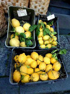 Sorrento Green Fruit, Limoncello, Sorrento, Plum, Vegetables, Italy, Food, Italia, Essen