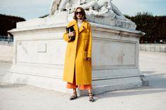 Candela Novembre (The Locals) Fashion Mode, World Of Fashion, Paris Fashion, Street Fashion, Womens Fashion, Paris Mode, Jeanne Damas, Emmanuelle Alt, Street Style