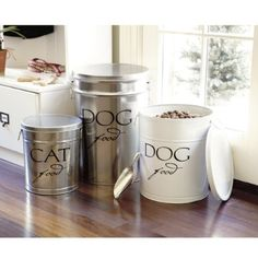 "DIY Pet Food Canister & Pedigree Dog Food posted by TidyMom: ""You know those popcorn tins you get at Christmas? You can wash them out, paint them and decorate with some vinyl and fill with your dog or cat food! Food Dog, Cat Food, Dog Food Recipes, Pet Food Storage, Food Storage Containers, Storage Ideas, Diy Storage, Plastic Containers, Storage Bins"