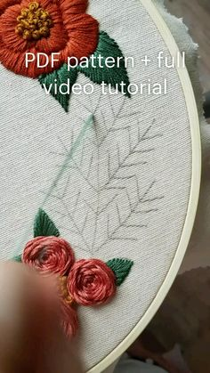 Embroidery Floss Crafts, Hand Embroidery Patterns Flowers, Basic Embroidery Stitches, Hand Embroidery Videos, Hand Embroidery Tutorial, Hand Work Embroidery, Embroidery Flowers Pattern, Simple Embroidery, Hand Embroidery Designs