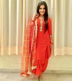 deol Indian salwar kameez Click Visit link for Punjabi Salwar Suits, Punjabi Dress, Pakistani Dresses, Salwar Kameez, Churidar, Anarkali, Patiala Suit Designs, Kurti Designs Party Wear, Salwar Designs