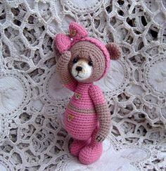 Artist Bear Thread miniature crocheted OOAK by CrochetTeddyBears