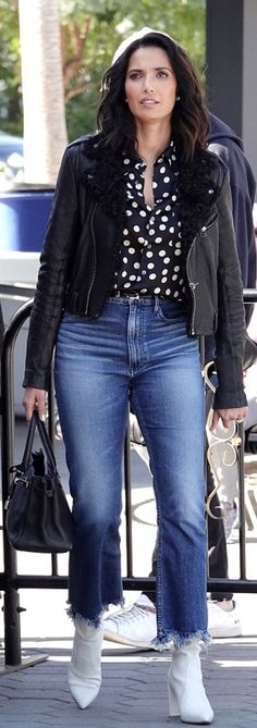 Who made Padma Lakshmi's black leather jacket, white ankle boots, cropped jeans, and tote handbag? Stuart Weitzman, Hermes, Flare Jeans Outfit, Padma Lakshmi, White Ankle Boots, Star Fashion, Womens Fashion, Fashion Dictionary, Sexy Jeans