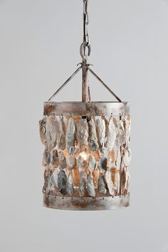 Oyster Shell Light Fixture for my future beach house Seashell Art, Seashell Crafts, Beach Crafts, Coastal Homes, Coastal Decor, Shell Chandelier, Shell Lamp, Chandeliers, Oyster Shells