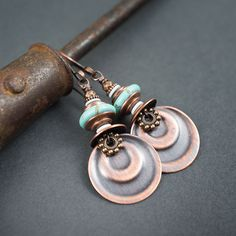 Turquoise earrings • embossed copper discs • tribal earrings • ethnic chic • circles • natural stones • cracked stones • blue stone earrings by entre2et7 on Etsy