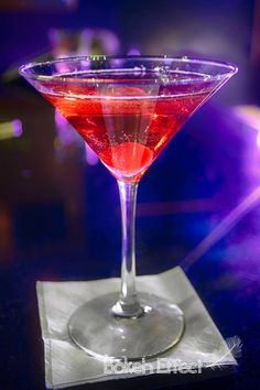 Harley Quinn's Ace (Batman cocktail) Ingredients:2 oz Chambord2 oz St. Germain Elderflower Liqueur1 oz VodkaChampagne1 Cherry Directio...