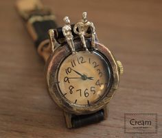 Vintage Handmade Wrist Watch with Leather Band por metaletlinnen