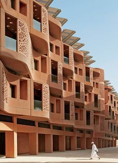 Foster + Partners Devises An Eco-Concious Utopia Just Outside of Abu Dhabi