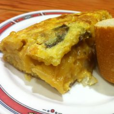 Tortilla de patata en Navarre.  Pues a mí me sigue gustando! Una tortilla gruesa y poco hecha que no te defraudará (a no ser que tus expectativas sean taaaaaaan altas)  http://www.onfan.com/es/especialidades/pamplona/la-navarra/tortilla-de-patata?utm_source=pinterest&utm_medium=web&utm_campaign=referal