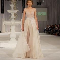 delikatna suknia ślubna - Szukaj w Google