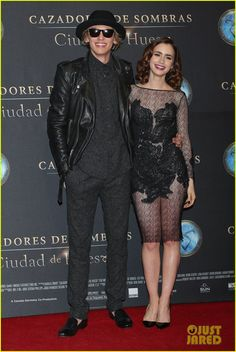 Lily Collins & Jamie Campbell Bower: 'Mortal Instruments' Mexico City Premiere! | lily collins jamie campbell bower mortal instruments mexico city premiere 02 - Photo