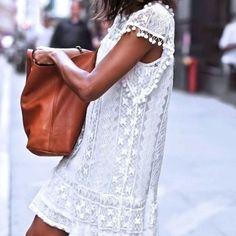 d0b4786b636 Dámské letní krajkové šaty s třásněmi – Velikost L Na tento produkt se  vztahuje nejen zajímavá
