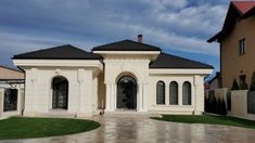 Proiect Casa Rezidentiala Bacau 2 – Profile Decorative House Front Wall Design, House Outer Design, House Outside Design, House Design, Boundary Walls, Design Case, Home Fashion, Windows And Doors, Cottage