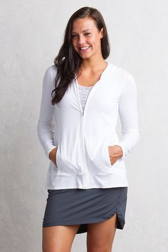 Tech and style overlap in this versatile hoody for modern casual travel layering. Crossed, vented back and on-seam pockets keep it elegant, and the jade-infused fabric keeps things cool and protects you from the sun. Sun protection and cooling:  Sol Cool™ Jade fabrics slowly absorb and quickly release heat, creating a cooling sensation on the skin. The fabric is cool to the touch and wicks moisture.