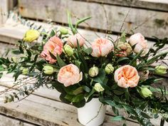 🎬 take 1 The life of an Oakville Florist. Mother's Day Flowers. FREE delivery in Oakville. Garden Roses, Spring Flowers, Free Delivery, Flower Arrangements, Floral Wreath, Wreaths, Life, Collection, Decor