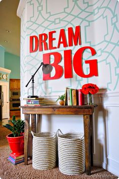 coral-decor-ideas - entry way - fabulous!!