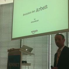 """@DanielKraft nun mit seiner Keynote """"The Evolution of Work"""" #ioms12 ^bg"""