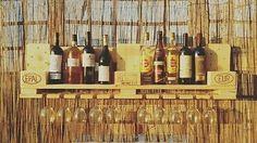 Cantinetta rustica pallet porta bottiglie e porta calici da parete winerack