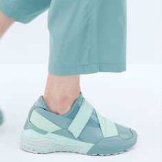 Feminine, futuristic and sporty: the Y-3 Astral.  #adidas #Y3 #PFW…