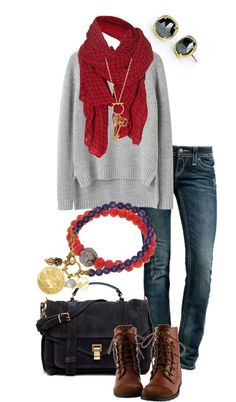 Comfy winter clothes are my favorite. Although I do love the warmth of summer and sunshine, my favorite fashion happens in fall and winter.