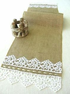 Burlap Table Runner burlap and lace rustic by HotCocoaDesign Burlap Projects, Burlap Crafts, Fabric Crafts, Sewing Crafts, Sewing Projects, Table Runner And Placemats, Burlap Table Runners, Quilted Table Runners, Burlap Lace
