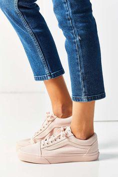 Vans Mono Canvas Old Skool Sneaker - Urban Outfitters