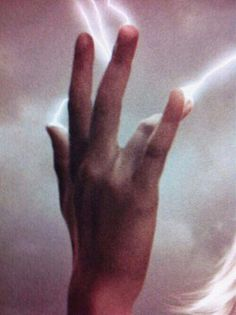 My powers! Electric powers!