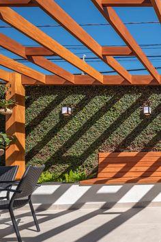 Modern Backyard, Backyard Patio Designs, Pergola Designs, Backyard Landscaping, Small Balcony Design, Vertical Garden Design, Rooftop Design, Terrace Design, Outdoor Fireplace Patio