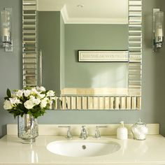 A Stand Alone Vanity Is Great For A Bathroom That Is Tight On Space Guest Bathroom Or Powder Room It S No Longer Just The Pedestal Option You C