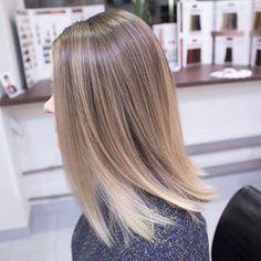 Брондирование на волосах длиною до ключиц