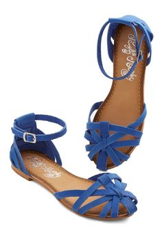 Sums it Up Sandal in Cobalt. A breezy sundress plus these royal blue sandals equals one spot-on ensemble! #blue #modcloth