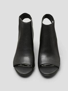 Fridah Fly Open Toe Heels, BLACK