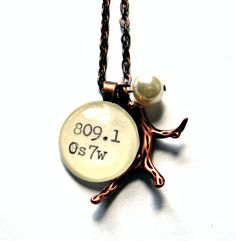 Copper Dewey Decimal Vintage Card Catalog Luxe Necklace with Copper Coral Branch Librarian Jewelry I Love Jewelry, Unique Jewelry, Librarian Chic, Library Card, Book Lovers Gifts, Geek Chic, Bibliophile, Vintage Cards, So Little Time