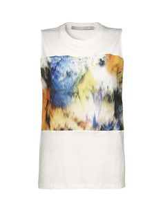 Enite top - Women's sleeveless top in thin washed cotton. Print at front with extra organza layer for 3D effect. Ribbed neckline. Regular fit. Hip length.