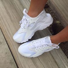 I can now die a happy woman Best White Sneakers, Materialistic, Kinds Of Shoes, Happy Women, Huaraches, Nike Huarache, Shoe Game, Me Too Shoes, How To Look Better