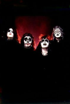 KISS. Kiss Images, Kiss Pictures, Kiss World, Kiss Photo, Kiss Band, Ace Frehley, Hot Band, Rock N Roll Music, Rockn Roll