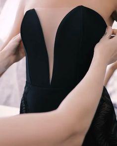 Fashion Sewing, Diy Fashion, Ideias Fashion, Fashion Dresses, Corset Sewing Pattern, Dress Sewing Patterns, Sewing Clothes, Diy Clothes, Couture Sewing Techniques