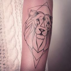 SO MUCH FUN.  IF YOU WANT TO GET INKED, CONTACT ME VIA FB. [ L I N K  I N  P R O F I L E ]  FOLLOW MY STUDIO @vadersdye  #tattoo #ink #onlyblackart  #tattooartist #tattooer #tattooist #tattooing #inked #inkedgirl #tattoogirl #tattoos #tattoosofinstagram #tattoolookbook #hamburgtattoo #tattoohamburg #hamburg #veganink #vegantattoo #liontattoo #animaltattoo #geometrictattoo #dotwork #blackart #blackwork #blacktattoo #melinawendlandt