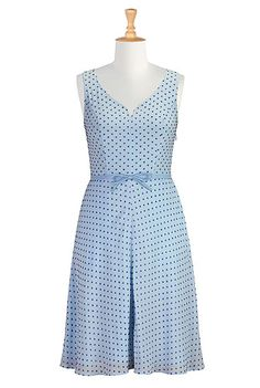 One of my favorite Spring dresses...perfect for Easter, or a picnic in the park. #eShakti #eShaktiSpringItOn