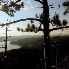 #algonquinpark #boothsrocktrail #discoverontario #clouds #trees #lake #hiking #hikingadventures #hikingtrail #travelphotography #photooftheday #naturephotography #naturelovers #imagesofcanada #imagesofcanada Ontario, Canada, In This Moment, Photo And Video, Mountains, Sunset, Park, Beach, Nature