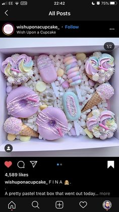 Heart Shaped Chocolate Box, Chocolate Hearts, Chocolate Gifts, Cupcake Cookies, Cupcakes, Dessert Catering, Cake Pop Decorating, Sweet Box, Witch Outfit