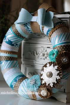 www.michellelast.co.uk  Paper wreath using Winter Frost DSP from Stampin' Up!