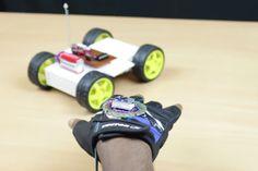 Cómo construir un robot y controlarlo con gestos #Arduino #diy #makers #robotica #robots #robotics