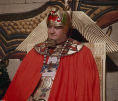 Victor Buono (King Tut)