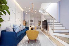 Mách bạn cách hóa giải cửa chính nhìn thẳng vào bếp đúng phong thủy Loft House Design, Home Door Design, Home Building Design, Dream House Interior, Interior Stairs, Apartment Interior Design, Home Bedroom, Home Living Room, High Ceiling Living Room